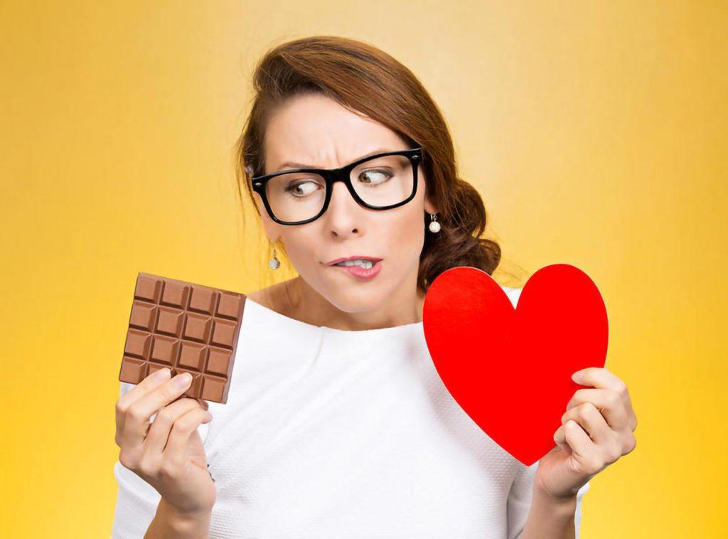 الأكل العاطفي وإنقاص الوزن