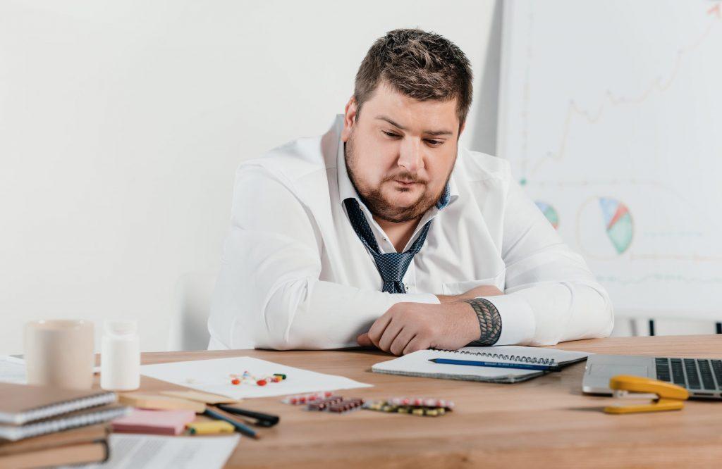 العلاقة بين زيادة الوزن والقدرة الإنتاجية